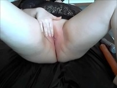 White aged babe is fisted and screwed by a vibrator