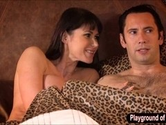 Huge boobs cougar Eva Karera analyzed and jizzed on