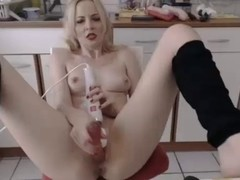 Cutie abode wife squirting in kitchen