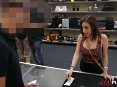Girl got fucked for the chain she pawned at the pawnshop