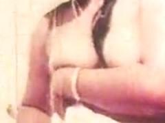 Desi indian B Grade movie nude bath