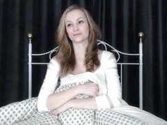 Pregnant blonde wants sex