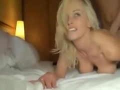 Pretty blonde milf girlfriend make a hot anal sex fun with a dude and share