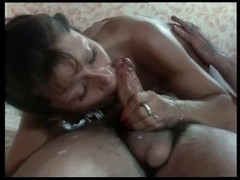 Vintage lady enjoys messy cum over her face