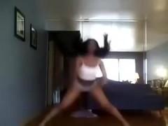 Black Teenie Twerks Her AMAZING Thick Ghetto Ass! - Ameman