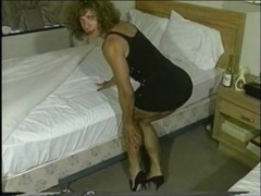 This Babe's like to enslave a boyfrend betwixt those legs.