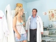 Anezka old pussy gyno speculum examination