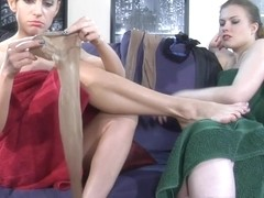 LickNylons Video: Alana and Rosa