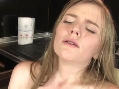 WetAndPuffy Video: Evelina