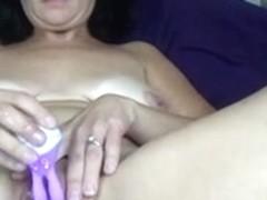 Non-Professional wife masturbates to big O