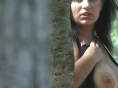 BillieBombs Video: Pleasure