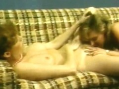 Horny lesbian eating pussy - Classic X Collection