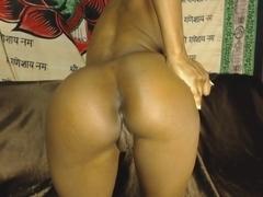Butt Plug In A Beautiful ASS!