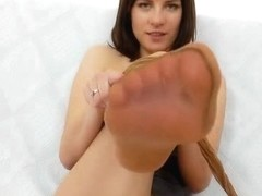Leony hot nyloned legs and naughty pantyhose fetish
