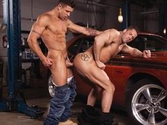 Body Shop XXX Video: Erik Rhodes, Trenton Ducati