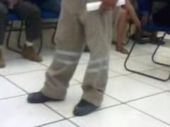 Nena de piernas hermosas