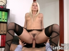 Find your new assistant - LifeSelector