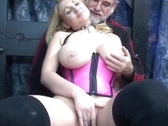 Bitch acquires bow over and boyfrend puts sex-toy in her slit