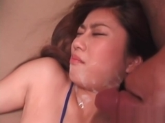 Japanese Amateur Goddess Gets Her Lips Covered In Cum