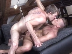 Sexy Muscular Studs Anal Sex Sexapade - BigDaddy