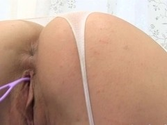 Intensive pussy playing