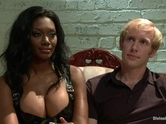 Amazon African Goddess And The Lily White Bitchboy