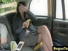 Analloving amateur gets a fake taxi creampie