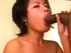 Amateur Asian MILF Creampie - LostFucker