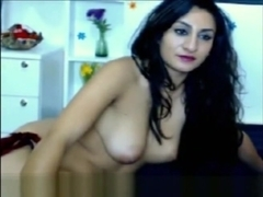 beautiful sexy indian girl webcam by oopscams