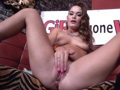Kendra Horny And Squirts At The Club