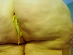 banana butt crush