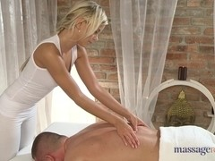 Sexy Tommy does massage to a blonde lesbian called Lola