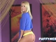 Blonde Dutch Model Fantastic Solo