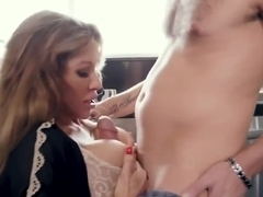 Mommy Blows Best Farrah Dahl