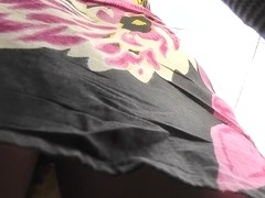 Amateur girl with fat butt takes part in upskirt video
