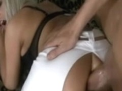 Sexy non-professional girlfriend homemade anal act