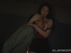Hitomi Oohashi naughty Asian hussy likes hard cock
