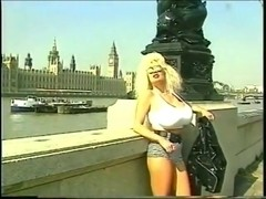 Lisa Lipps - In London