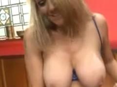 British wench Alyson squirts
