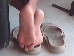 Candid Ebony Shoeplay in Cafeteria 2