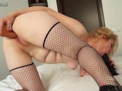 Old bitch housewife playing with her fur pie