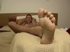 Sexy Cute Teen With Hot Feet