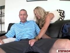 Two women Valentina Nappi and Simone Sonay anal threeway