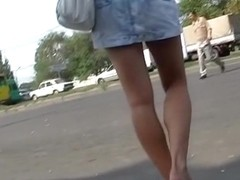 Public jeans upskirt of a blond