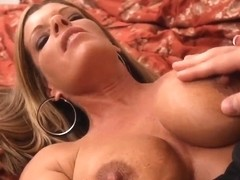 Cougar milf Kristal Summers seduces young guy Johnny Castle
