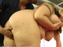 Breasty Large Tit big beautiful woman mother I'd like to fuck Bonks Latin Coach