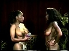 Ebony catfight