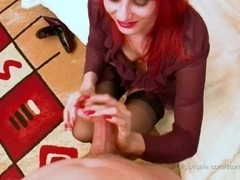 Dark fully fashioned nylon footjob2