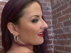 Caroline Pierce - Ideal Woman