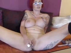 Attractive French red MILF Pipa Moore pounds pussy n ass